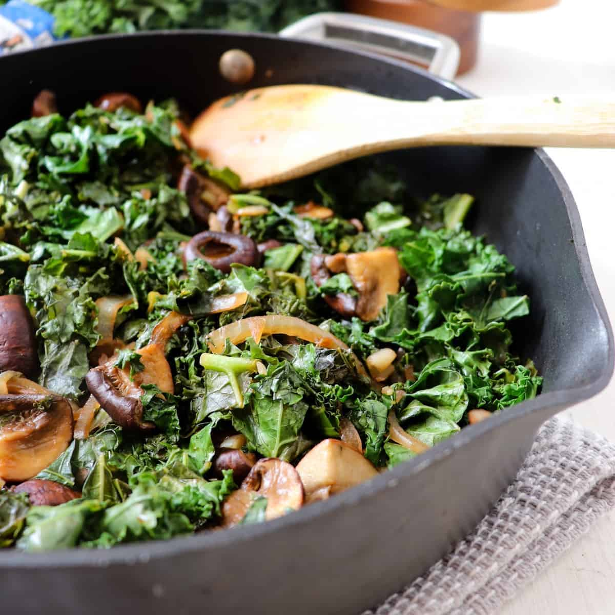 balsamic kale with mushrooms featured
