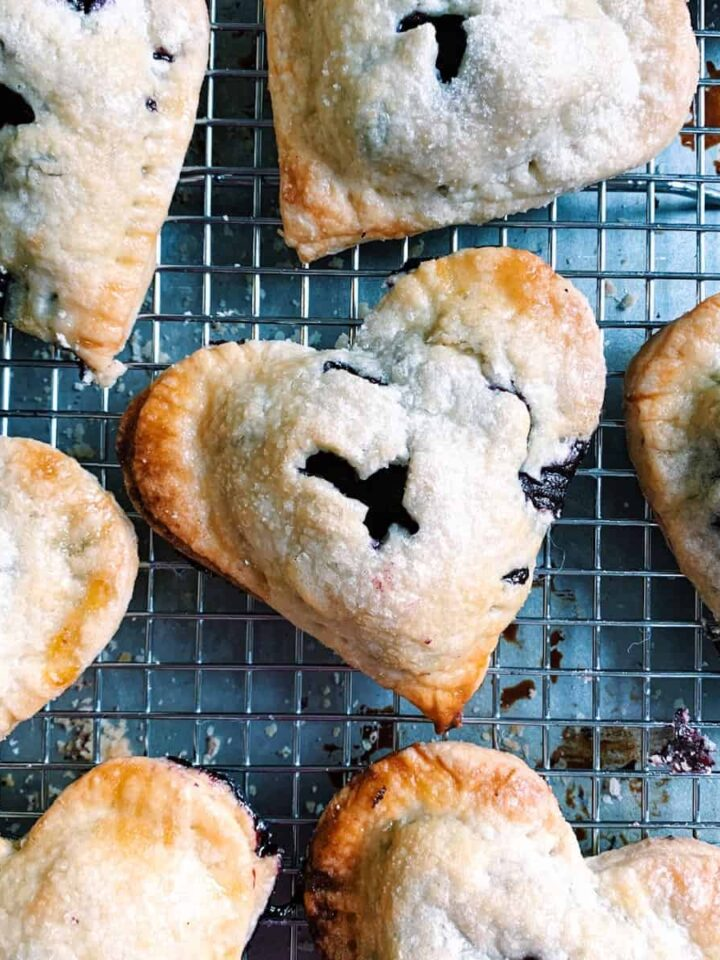 blueberry handpies featured