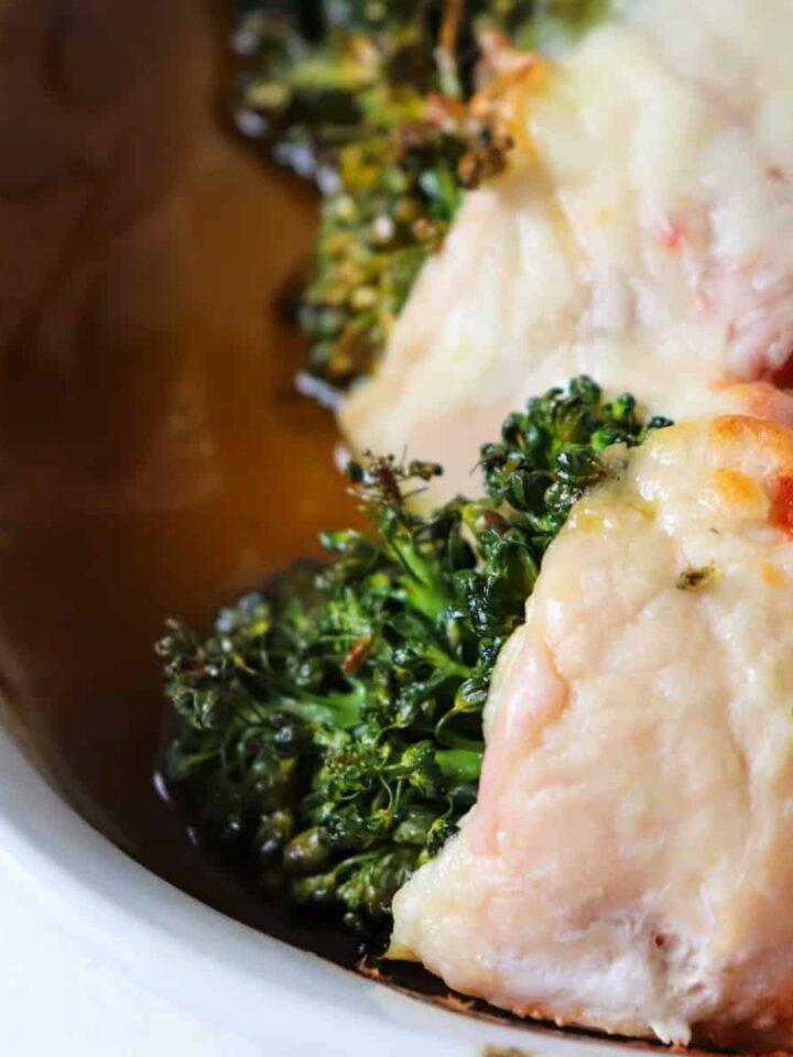 broccoli stuffed chicken featured