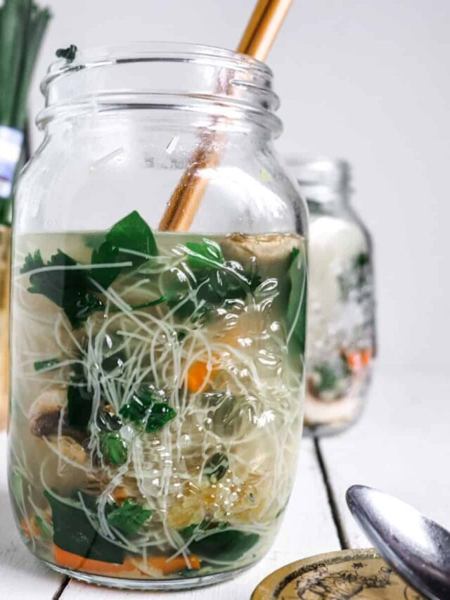 Homemade Noodle Cups in Mason Jars