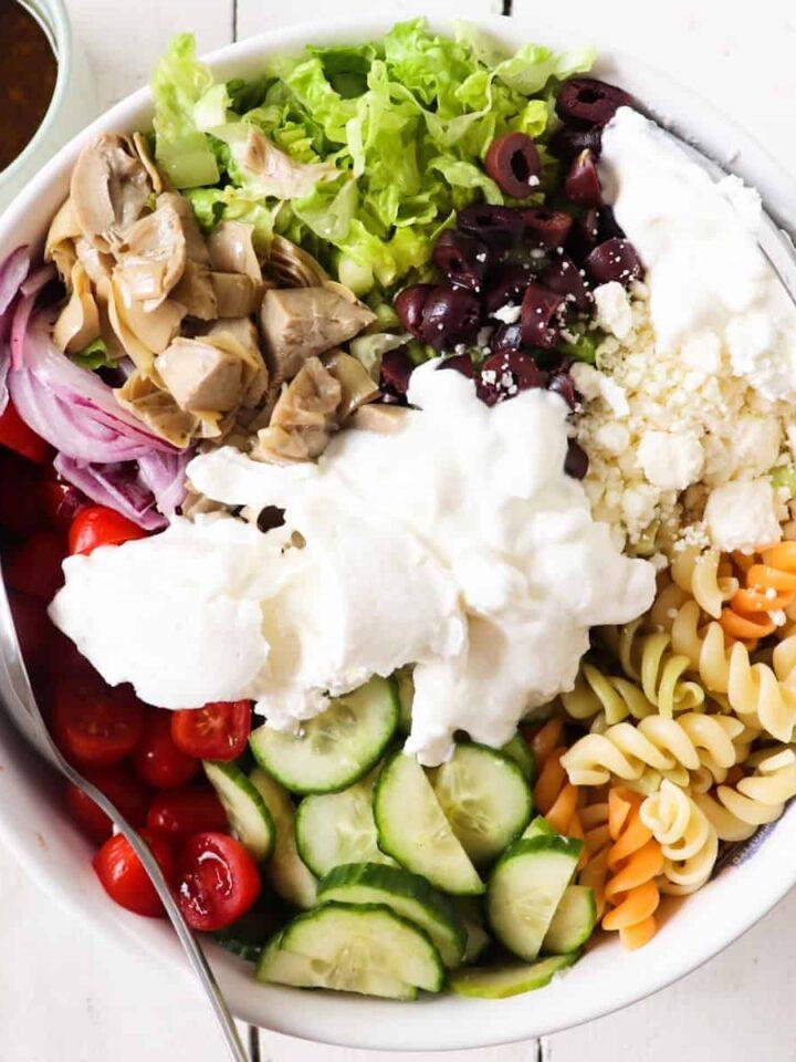 greek pasta salad featured