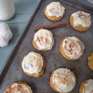 pumpkin cookies featured