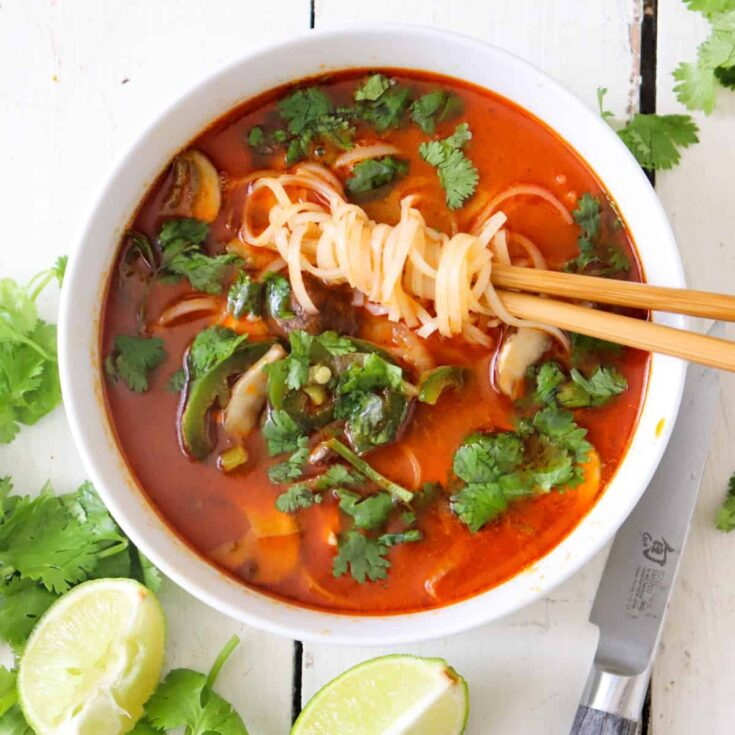 thai curry soup featured