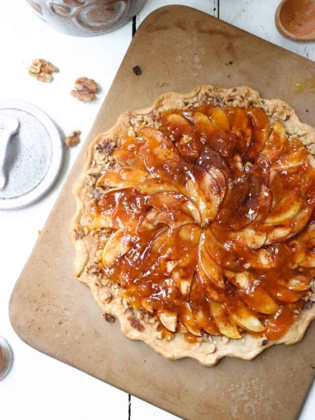 How to Make a Rustic Apple Tart