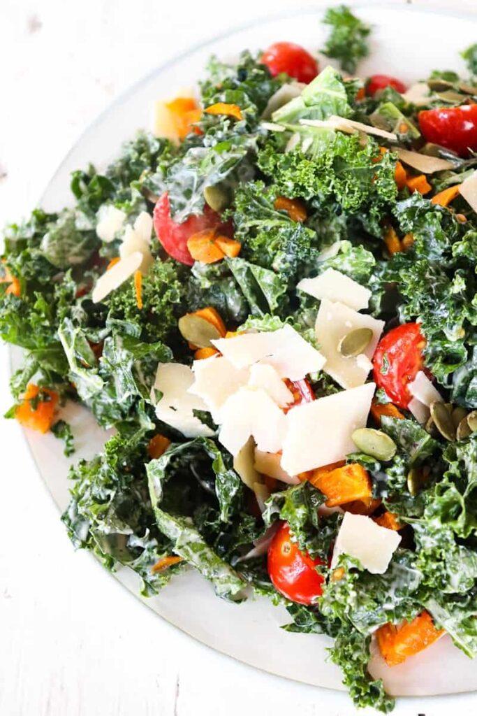 kale salad plated